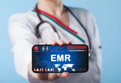How to Use EMRs (Electronic Medical Records)