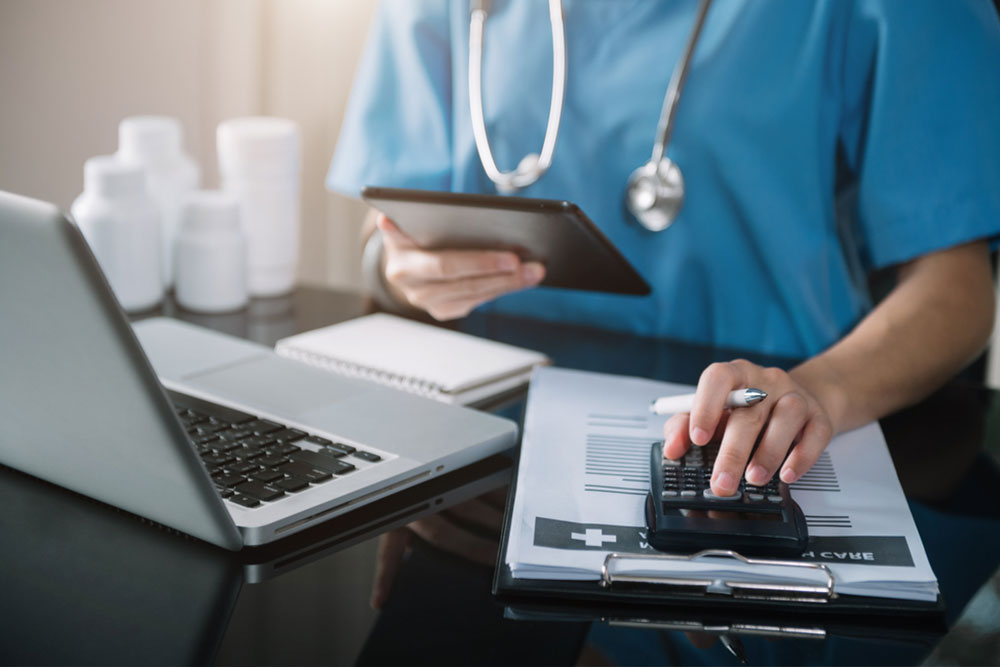 Medical Billing Issues: How SmartClinix Can Help You With Billing